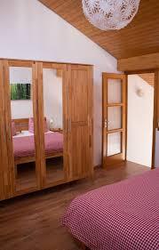Schlafzimmer Orange Schlafzimmer Ferienwohnung Sonnenseite