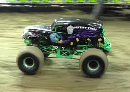 gravedigger monster truck video monster trucks videos grave digger uvan us
