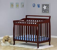 Mini Crib Reviews by Best Convertible Crib With Changing Table Designs Convertible Crib