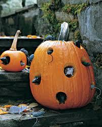 Outdoor Halloween Decorations Pumpkin 10 creepy outdoor halloween decorating ideas shelterness