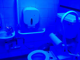 Uv Bathroom Light You You Re In A Joint When The Toilets Uv Lights