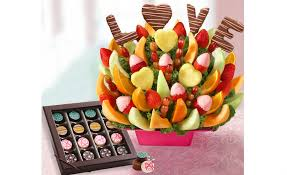 chocolate covered fruit baskets 1 800 flowers chocolate works team up to deliver fruit bouquets