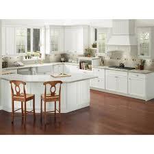 kraftmaid dove white kitchen cabinets wilmington 14 5 8 x 14 5 8 in cabinet door sle in dove white