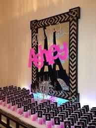 Paris Centerpieces Ideas by 70 Best Fashion Centerpieces Party Decorations Bat Mitzvah Runway