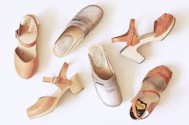 Comfortable Clogs How To Break In Clogs Emilee Anne