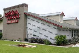 is golden corral open on thanksgiving golden corral remains open after crash news houma today