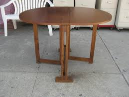 round wooden folding table classic round folding table home design ideas making a round