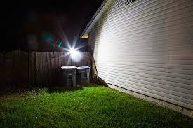solar led motion sensor light by duracell 400 lumens motion