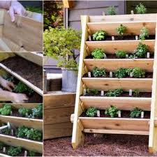 Diy Strawberry Planter by Diy Vertical Planter And Bird Bath Combo Free Guide
