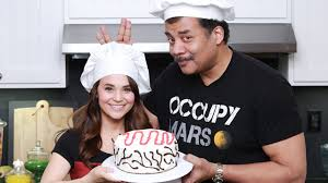 star trek voyager cake ft neil degrasse tyson nerdy nummies
