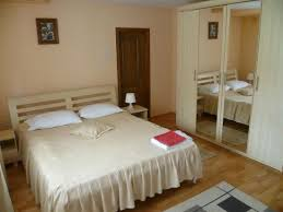 Ello Bedroom Furniture Pensiunea Ralu U0026 Ello Prices U0026 Villa Reviews Costesti Romania