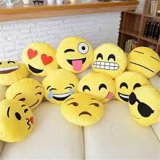 32 32cm custom whatsapp emoji pillow for car sofa cushion stuffed