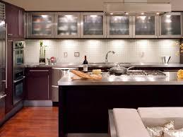 modern kitchen interior designs brown color kitchen cabinets chalk