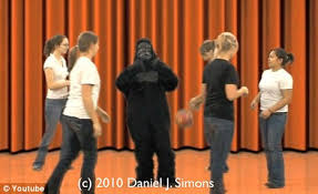 Change Blindness Youtube Didn U0027t Spot The Dancing Gorilla In Famous Youtube Video Daily