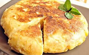 cuisiner pomme de terre recette tortilla rapide à la pomme de terre et aux oignons pas