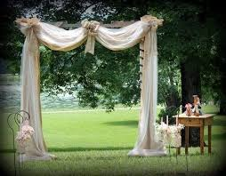 how to decorate a wedding arch with tulle 12820