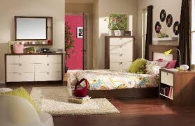 Small Bedroom Ideas For Teenage Girls Blue Dark Gray Carpet Flooring Blue Green Wall Painted Small Teenage