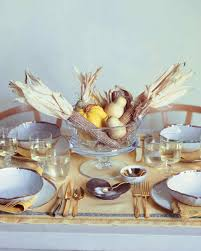 golden harvest thanksgiving table martha stewart