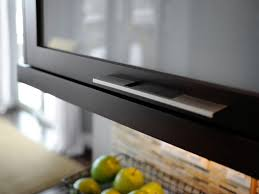 Kitchen Cabinet Pulls Pictures Options Tips  Ideas HGTV - Hardware kitchen cabinet handles