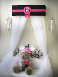 Minnie Mouse Canopy Toddler Bed Best 25 Bed Crown Canopy Ideas On Pinterest Bed Crown Paris