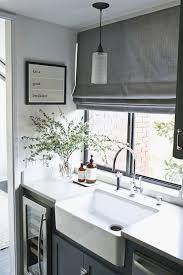 Kitchen Blind Ideas Best 25 Kitchen Window Blinds Ideas On Pinterest Diy Blinds