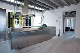 cuisine inox cuisine inox au design acier monolithique assumé atelier de