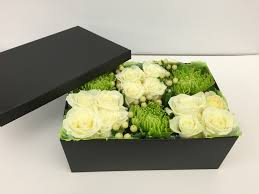 flowers in a box flower in a box 2 chic flowers