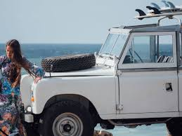 land rover vintage this absolutely fascinating vintage land rover series iii draws