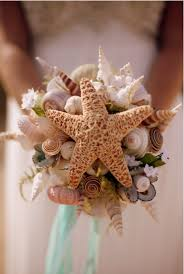 wedding bouquets with seashells 25 themed wedding projects diy inspiration shell bouquet