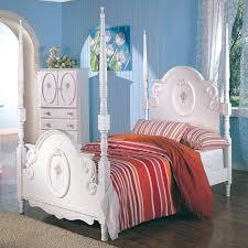 Princess Bedroom Furniture Princess Bed Rooms To Go Bellepoqphoto