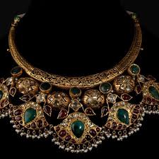 bespoke gold jewellery portfolio of bespoke vintage jewels by shweta nitesh gupta