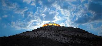 huell howser volcano house huell howser s volcano house goes up for sale route 66 news