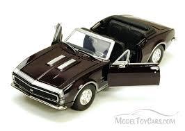 1967 camaro diecast 1967 chevy camaro ss burgundy motormax 73301 1 24 scale