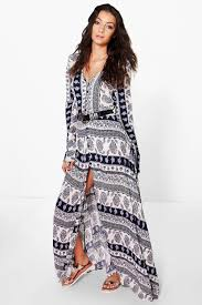 boohoo clothes carla paisley printed button maxi dress boohoo paisley