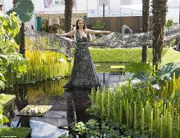 sw3 blooms as gardeners prepare to dazzle at chelsea flower show