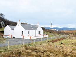 taigh chirsty ref 30800 in portnalong near carbost isle of