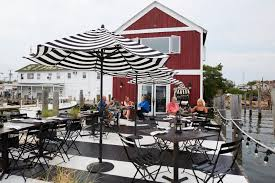 The United Nations Dining Room And Rooftop Patio Favorite Outdoor Dining Spots On Long Island Newsday