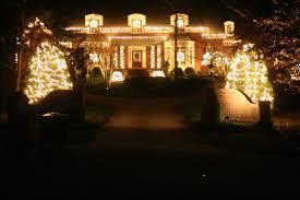 companies that put up christmas lights christmas holiday decoration and lighting company apex nc
