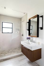 Spanish Bathroom Design by 20 Small Bathroom Design Ideas Designs Hgtv Before And After