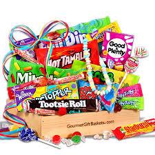 Candy Gift Basket Kitabi Uhren Chocolate Caramel Hugs Gift Basket
