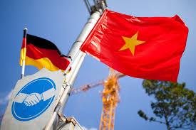 Viet Nam Flag Berlin Accuses Vietnam Of Kidnapping Asylum Seeker On German Soil