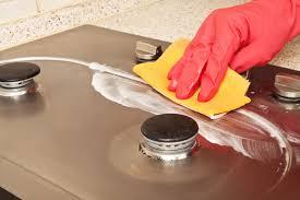 come pulire il piano cottura come pulire i bruciatori e le griglie piano cottura scala