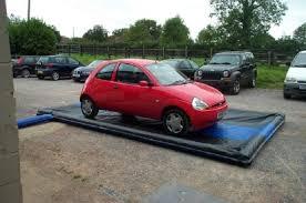 le stuoie le stuoie gonfiabili dell automobile pavimento garage per