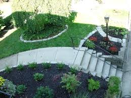 Slope Landscaping Ideas For Backyards Ideas For Gardens On A Slope Awesome Sloped Front Yard Landscaping