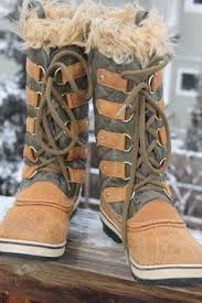 sorel tofino womens boots size 9 mens 12 d white s boots packer brown laced cowboy heel work boots