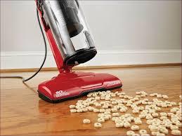 best vacuum for laminate floors and area rugs