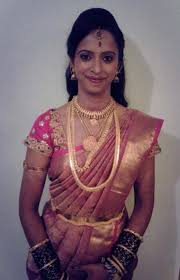 Reception Sarees For Indian Weddings Traditional South Indian Bride Wearing Bridal Saree And Jewellery