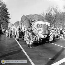 Philly Thanksgiving Day Parade Floats Balloons And Oh My Philadelphia S
