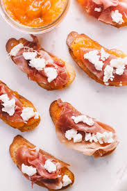 prosciutto goat cheese u0026 canteloupe jam crostini plays well