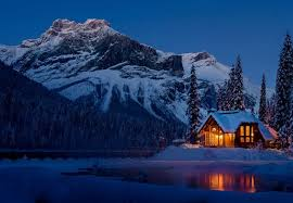 winter cabin the 10 best mountain cabins and lodges to stay in during the winter